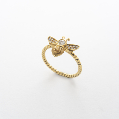 ellow Gold Diamond Bee Ring