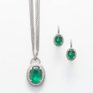 Emerald & Diamond Pendant and earrings